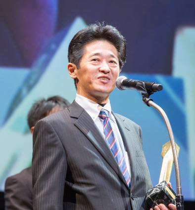 写真:イノベーション部門:スタートアップの部 大賞受賞者